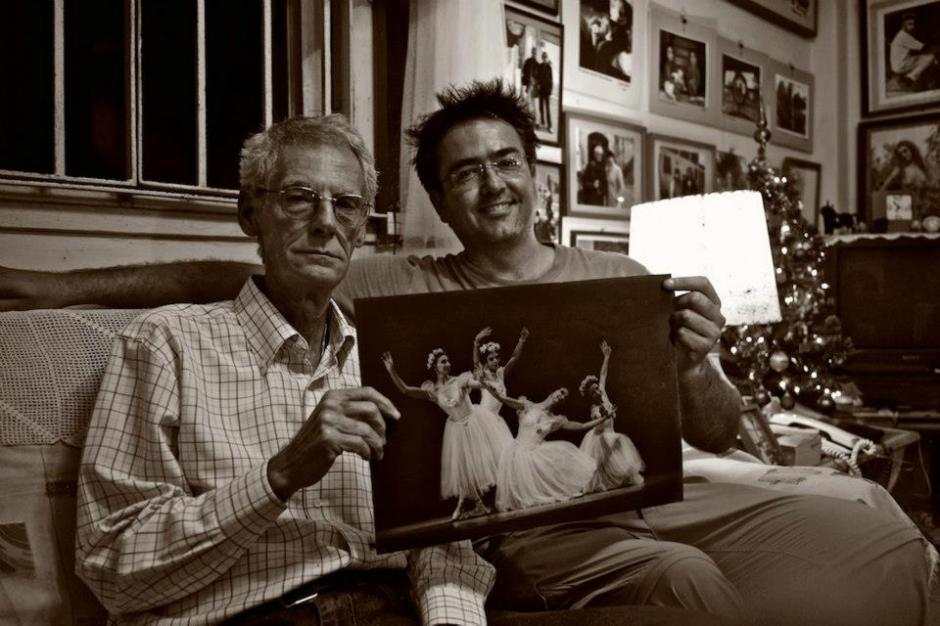 Kike with Cuban photographer Paco Bou, who has captured the beauty of the National Cuba Ballet for 30 years.