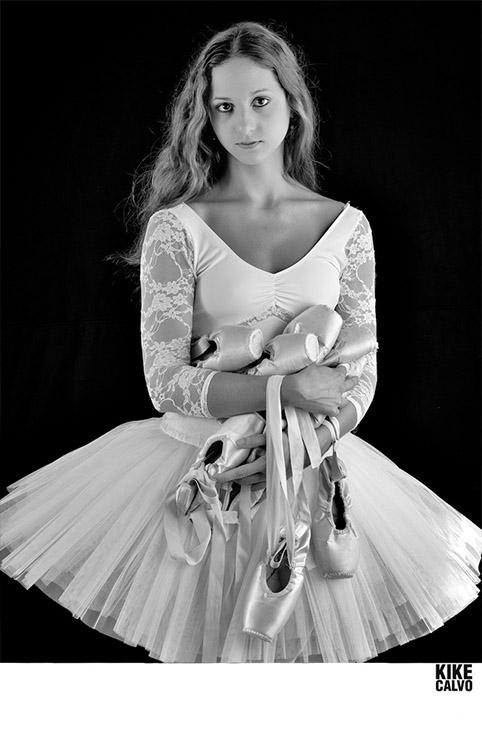 Dancer Abigail Sartin by KIKE CALVO