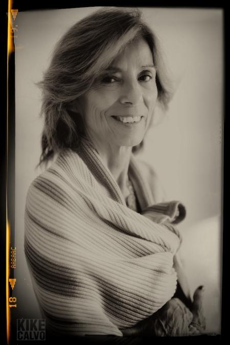 My mother by KIKE CALVO